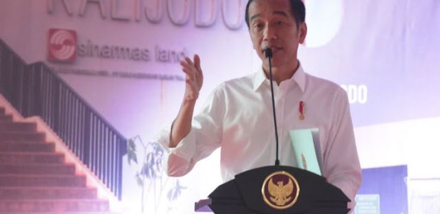 "Difitnah PKI, Jokowi Marah, ""Maju Sini, Saya Beri Sepeda, Kebangetan Banget"""