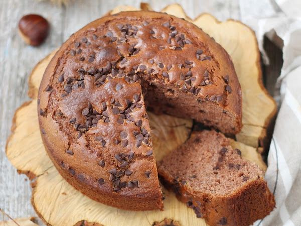 Torta alla farina di castagne con gocce di cioccolato