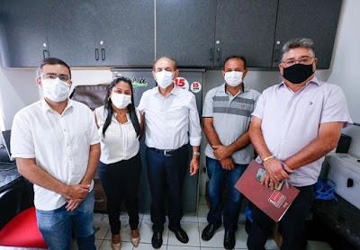 Prefeitos da região se reúnem com senador Marcelo Castro