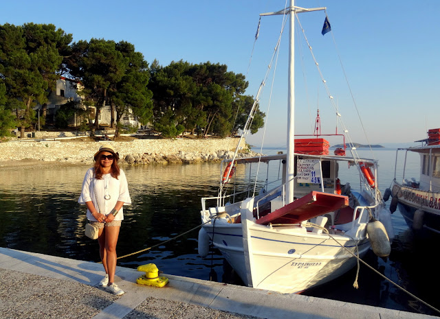 Dutched Pinay at the Old Port of Skiathos
