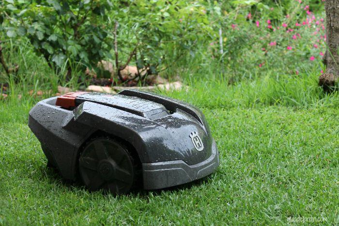 Mi experiencia con el robot cortac sped automower de - Cortar hierba alta ...