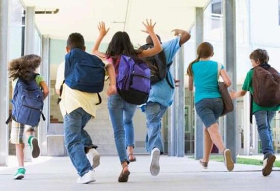 ثلاثة سيناريوهات تستبق الدخول المدرسي المقبل في زمن كورونا.
