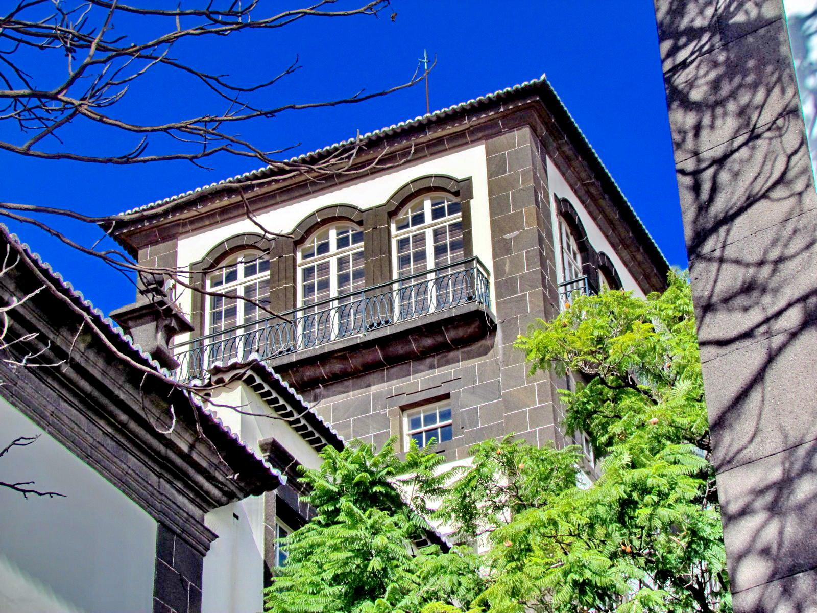 city hall of Funchal tower
