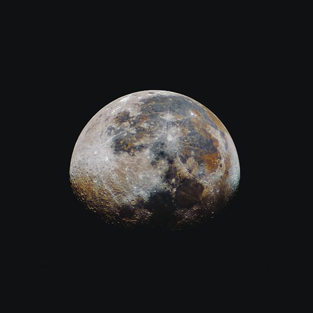 Planet-HD-wallpaper-for-whatsapp-DP-facebook
