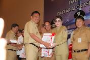 Bupati Tetty Paruntu Menghadiri Penyerahan DIPA 2020.