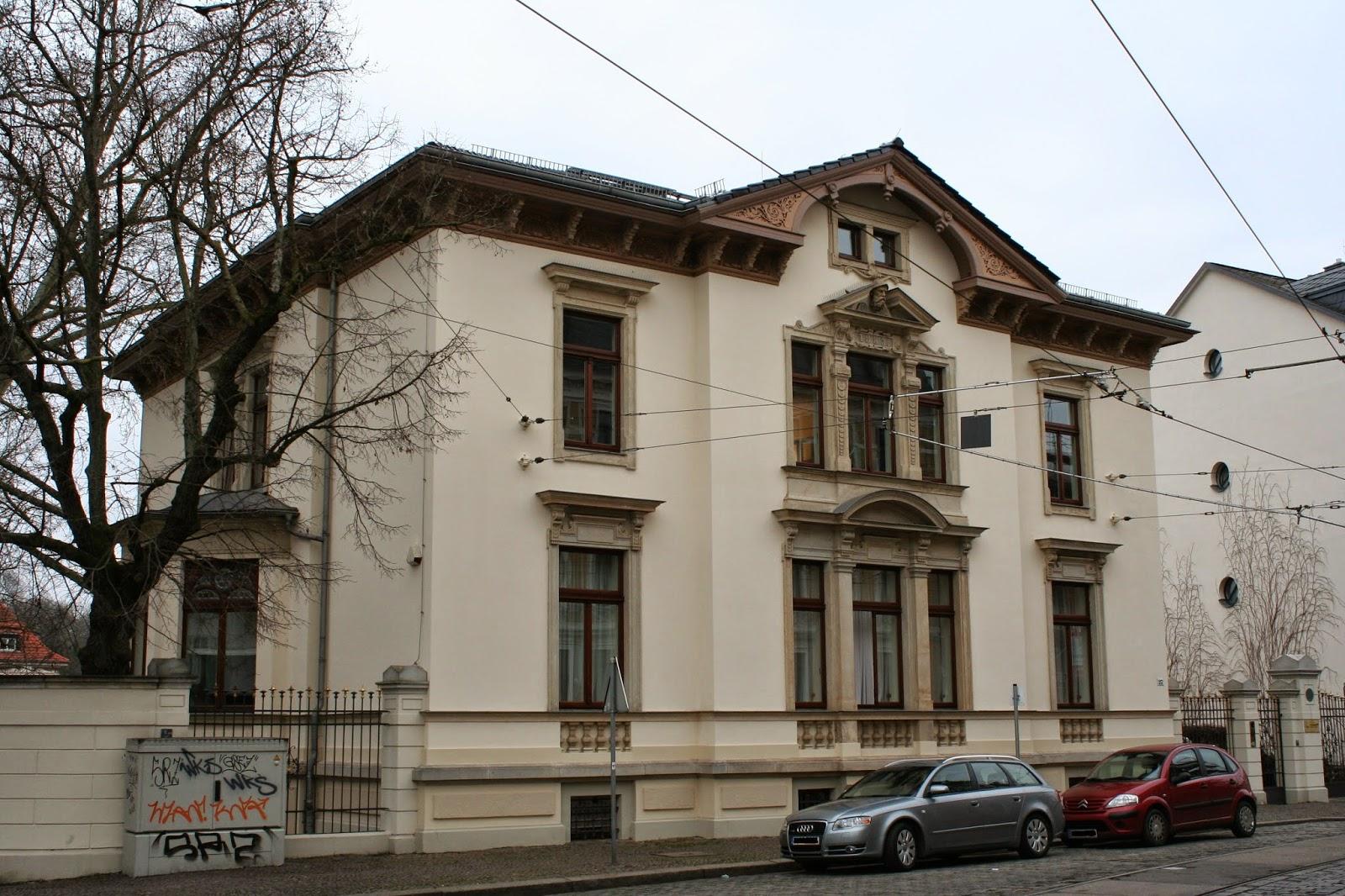 """Die """"Villa Ida"""" befindet sich in der Gohliser Menckestraße - die Villa wurde 1883 für den Buchdruckereibesitzer Otto Fischer erbaut"""