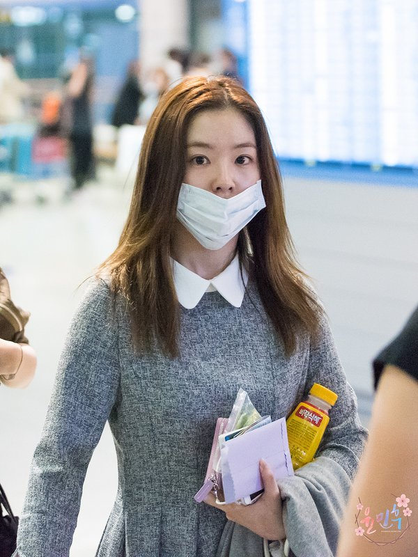 This Idol Reveals Her No Makeup Face Daily K Pop News Latest K Pop News
