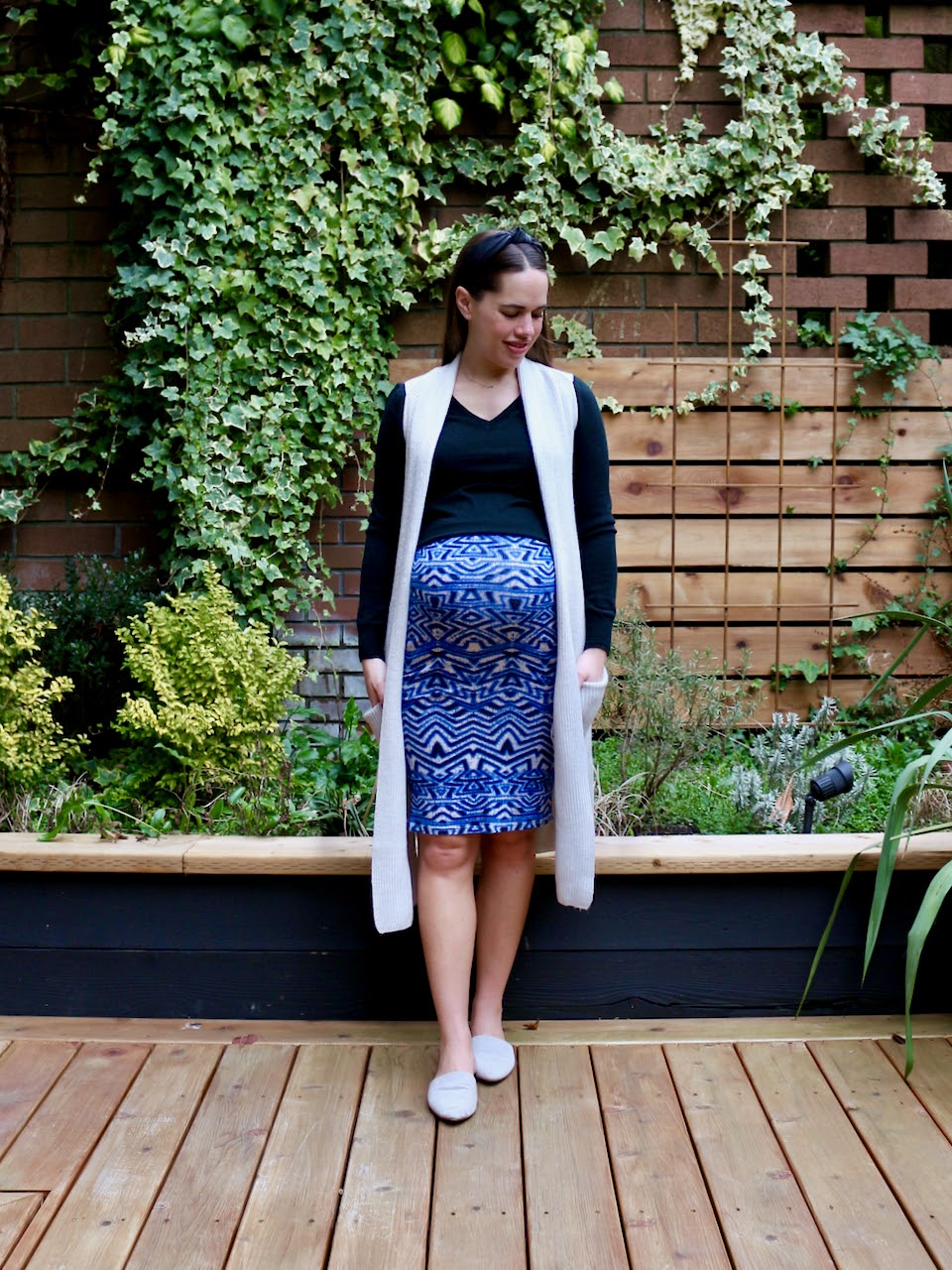 Jules in Flats - Bodycon Midi Skirt with Knit Duster Vest (Business Casual Workwear on a Budget)