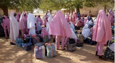 Parents of the students of Government Girls Secondary School, Dapchi, Yobe state, have started evacuating their children.