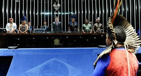As lideranças dos povos indígenas foram recebidas nesta quinta-feira durante a sessão do Plenário em homenagem ao Abril Indígena, informou a Agência Senado.