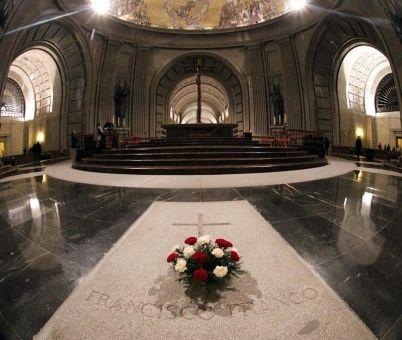 Congreso español aprueba exhumación de Francisco Franco