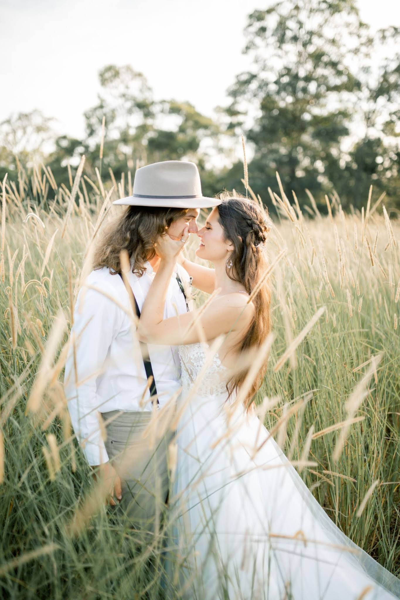 BRIDAL: GODDESS BY NATURE   MODERN BOHEME BRIDAL COLLECTION 2020