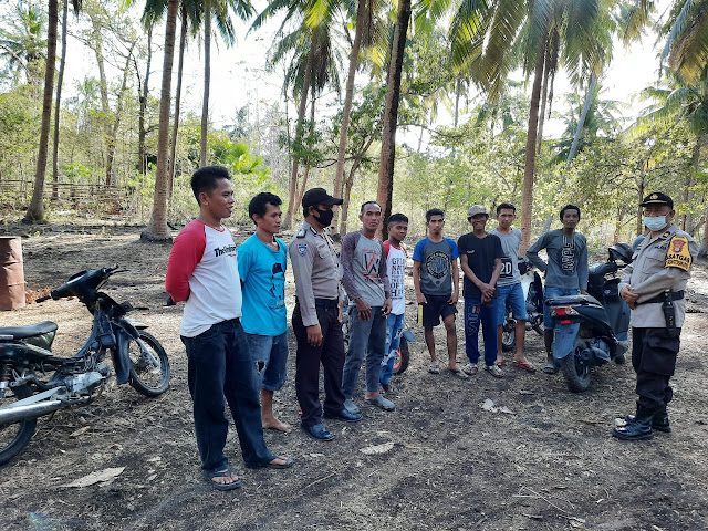 Cegah Klaster Baru di Desa, Kapolsek Bontisikuyu Bersama Bhabinkamtibmas Rutin Gelar Sosialiasi