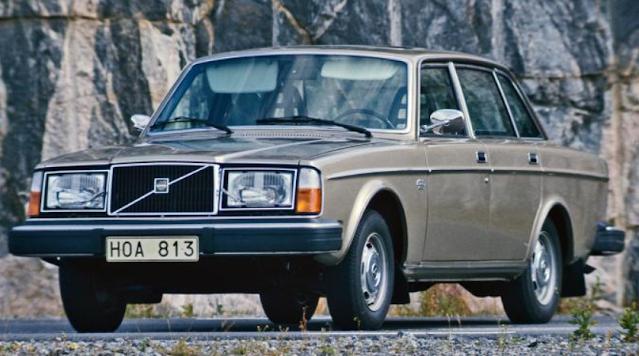 Korea utara hutang sedan Volvo ke Swedia pada tahun 1974 oleh Kim Il Sung