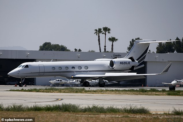 Welcome To Ladun Liadi S Blog Taylor Swift Reportedly Sells One Of Her Two Private Jets
