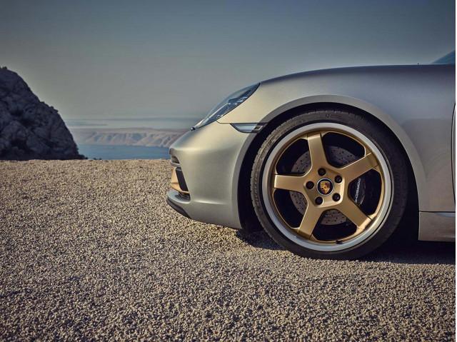 2021 Porsche 718 Review