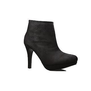 http://www.melfeyadin.web.id/2016/07/tips-memilih-sepatu-boots-wanita.html