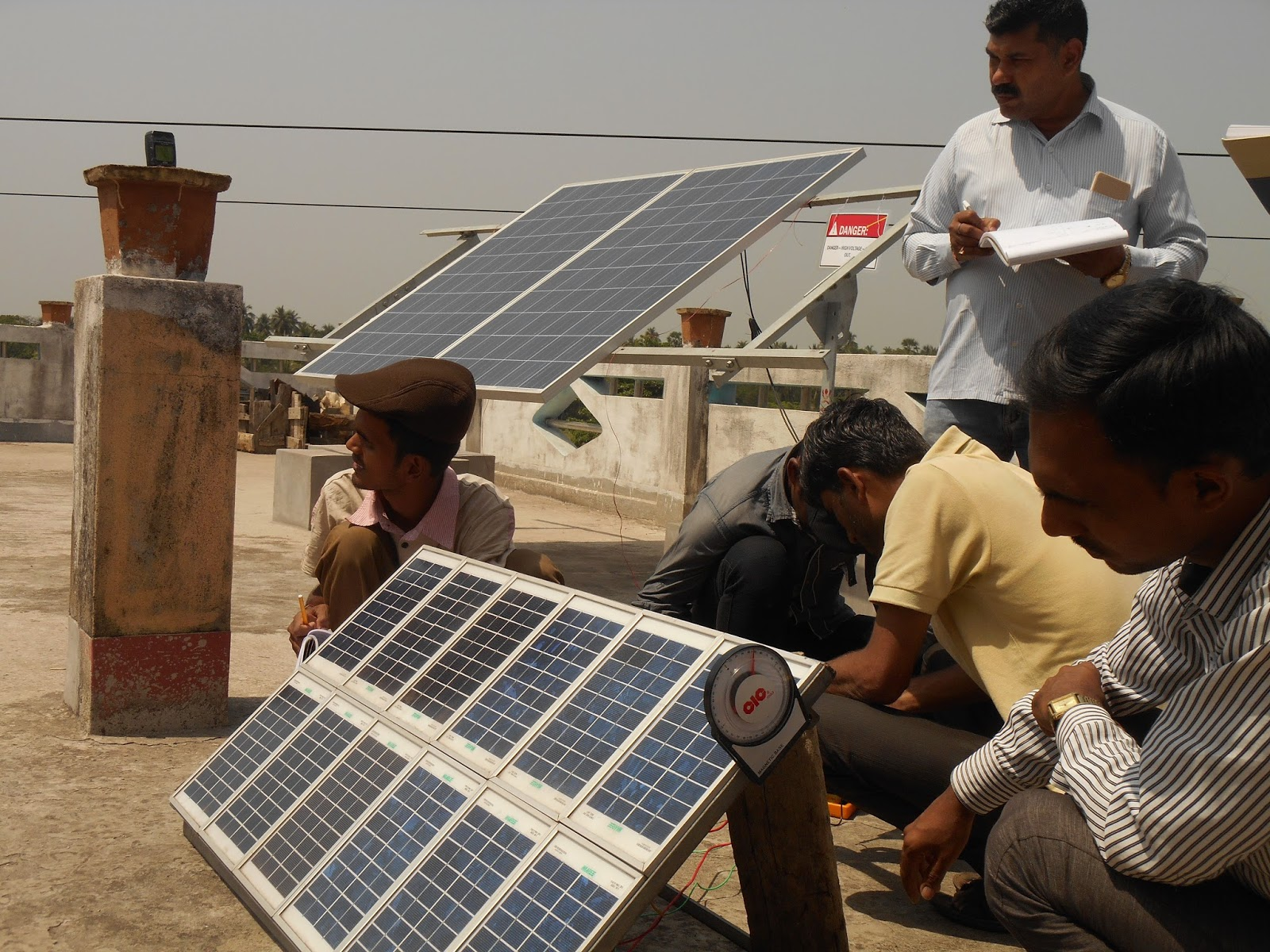 Hands on Practical PV Solar Technician Training at Institute of