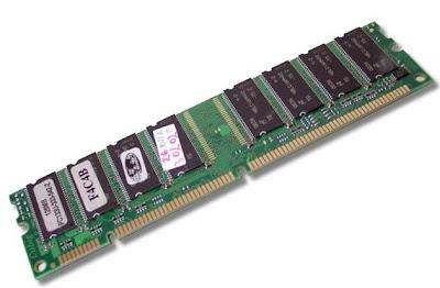 SDR-SDRAM (Single Data Rate Sincronous Dynamic Random Access Memory)