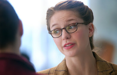 supergirl kara glasses
