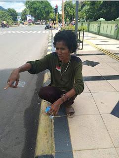Perempuan asal NTT  terlantar di palopo, sulawesi