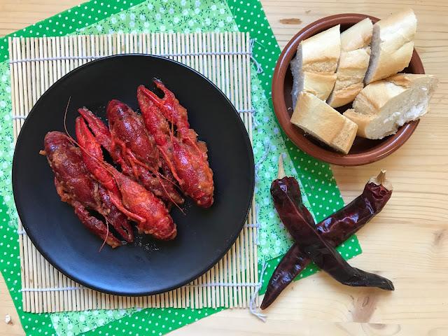 cangrejos de río en salsa de tomate picante receta
