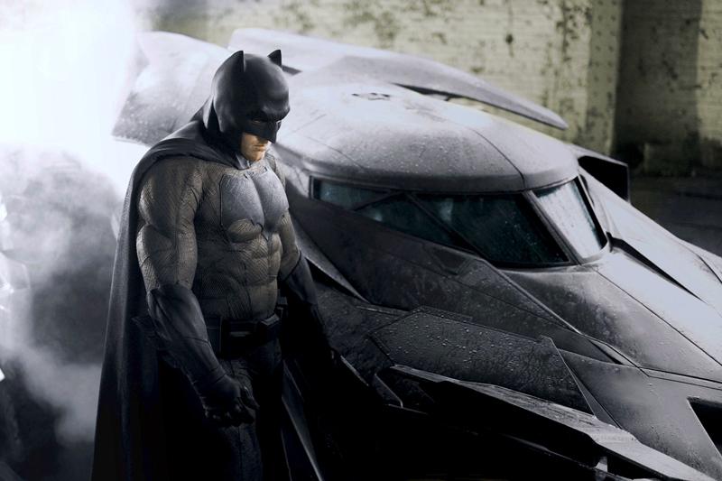 Wallpaper batman Bruce wayne superhero lemah tanpa kekuatan hebat