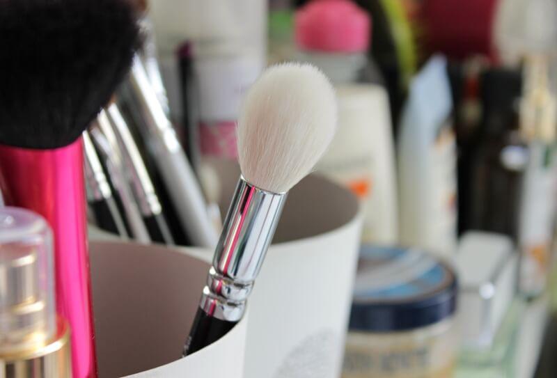 zoeva 105 luxe highlight brush review recenzija