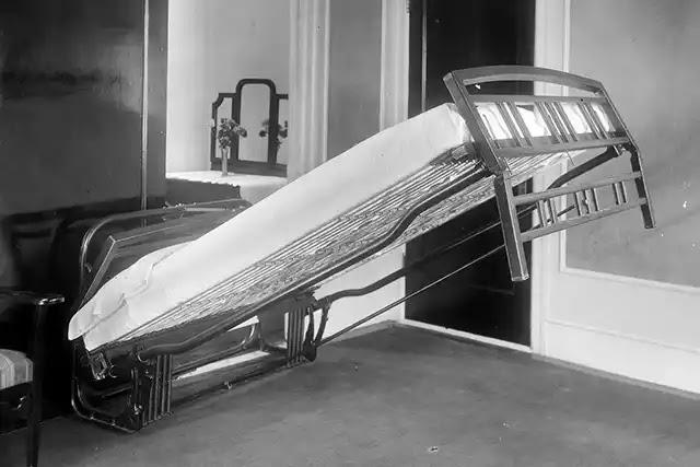 San Francisco'da tek odalı bir evde yaşayan opera sanatçısı William Lawrance Murphy, katlanır yatağı icat etti.