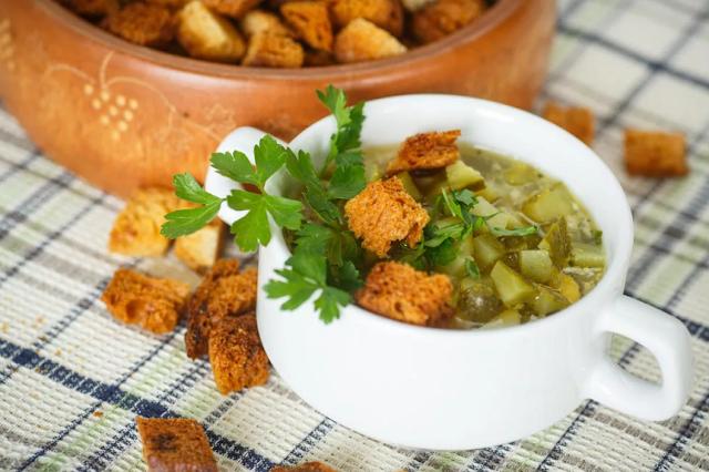 суп с огурцами