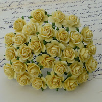 http://www.odadozet.sklep.pl/pl/p/Kwiatki-WOC-ROZE-OPEN-yellow-014-25mm-10szt/7046