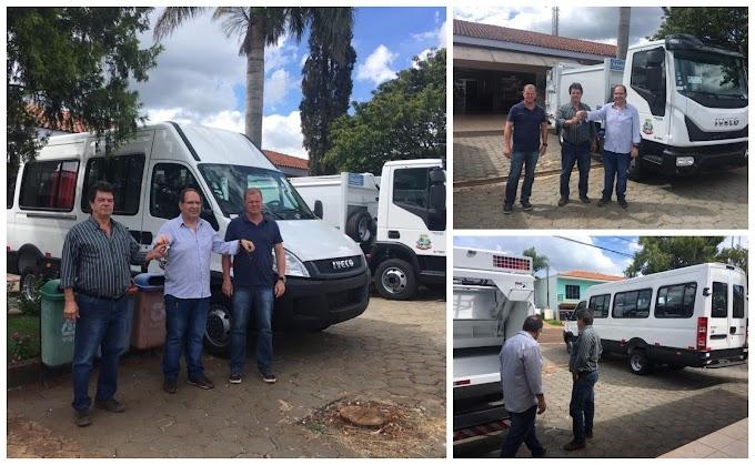 Rio Bonito do Iguaçu: Prefeito Gaúcho conquista mais um caminhão para coleta de lixo e uma van para Saúde