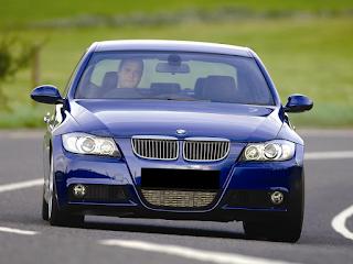 BMW E90 atubild