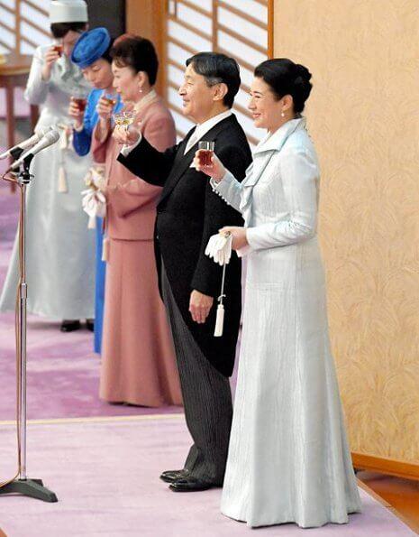 Emperor Naruhito, Empress Masako Crown Prince Akishino, Crown Princess Kiko, Princess Mako and Princess Kako at banquet