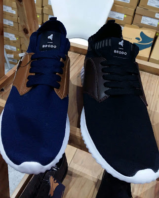 Sepatu Brodo merupakan produk lokal yang dikenal di BliBli