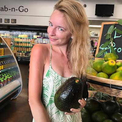 biggest avocado giant avocado Hawaii