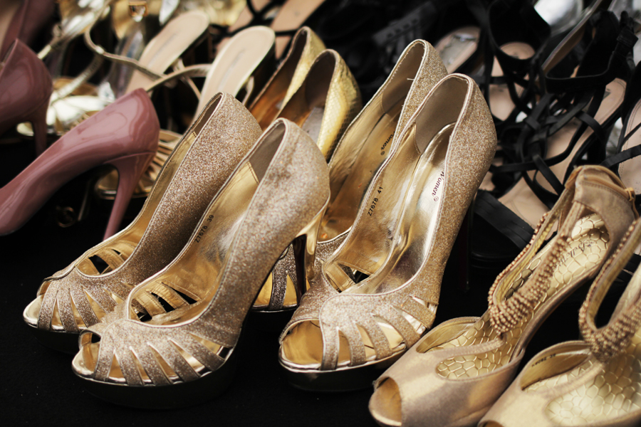 goldene schuhe highheels