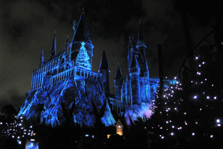 Wizarding World of Harry Potter Christmas Hogwarts