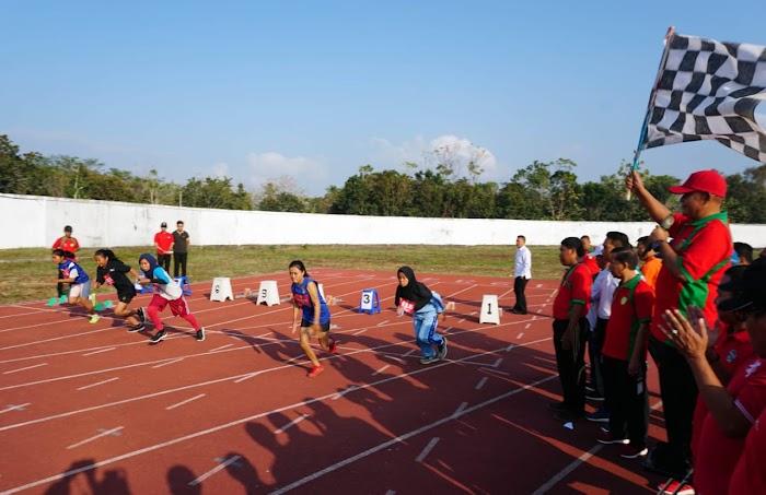 Plt Bupati Nanang Ermanto Buka Kejurda Atletik Lamsel Open 2019 Di Kalianda.