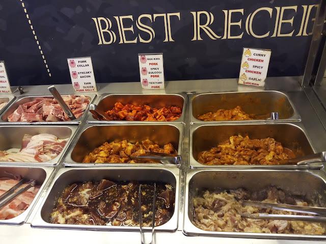 Buffet food: Bak Kwa Pork, Spicy Bulgogi Pork, Teriyaki Pork, Curry Chicken, Spicy Chicken, Garlic Chicken