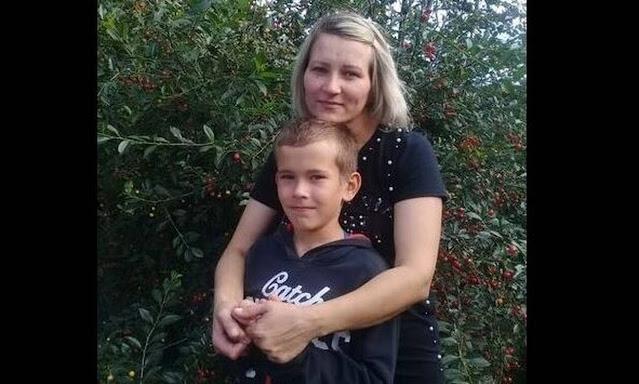 Героем себя не считает. 10-летний мальчик спас маму из тонущего автомобиля под Красноярском