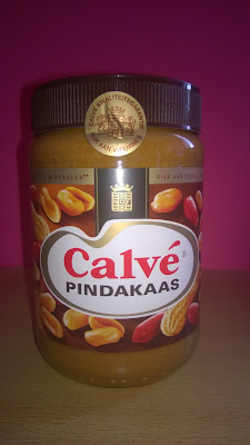Calvé Pindakaas/ Erdnussbutter.