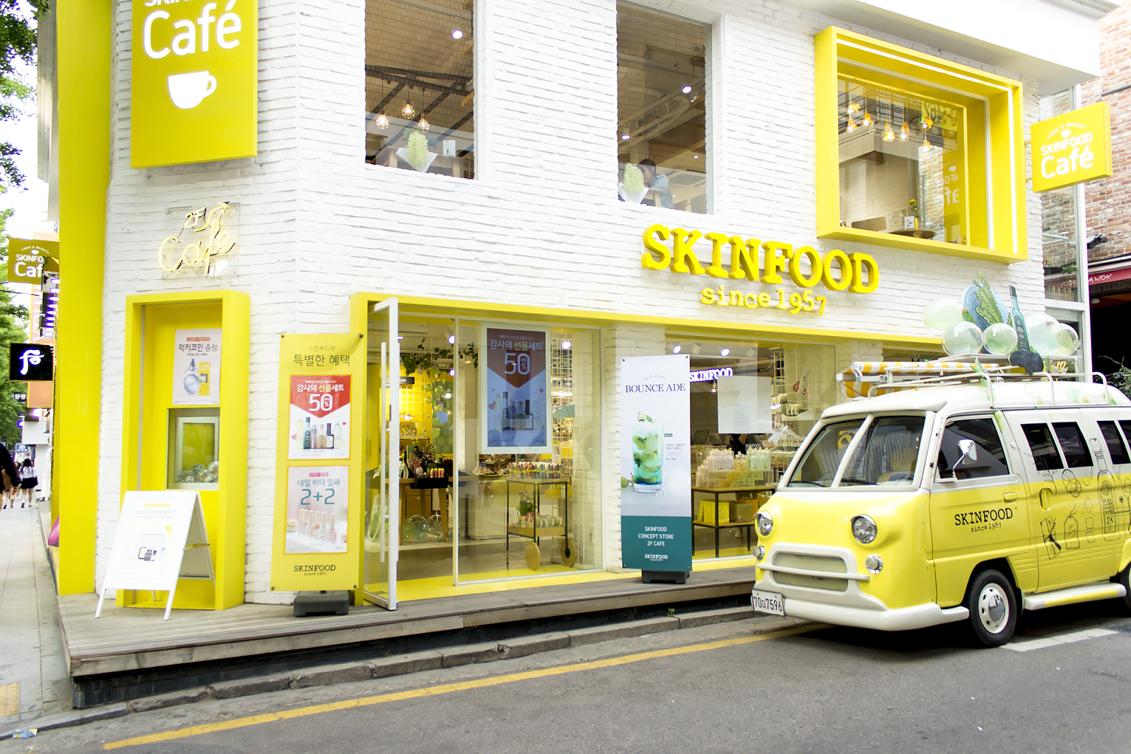 Skinfood Cafe and Concept Store Garosugil