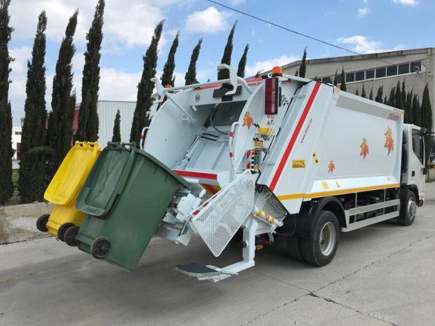 Gusinje dobija novi kamion za otpad