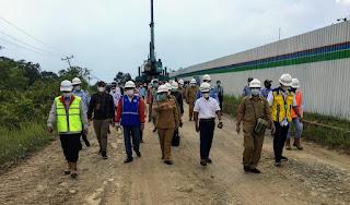 Tinjau Pembangunan di Kalbar, Cornelis Reses di Perbatasan Indonesia-Malaysia