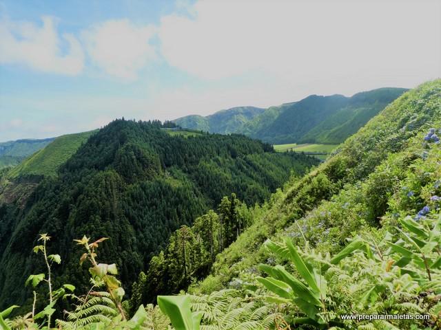 senderismo por Sete Cidades Azores