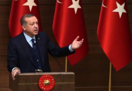 الجهوية 24 - أردوغان لمسؤول إماراتي: حين كان جدنا يدافع عن المدينة المنورة.. أين كان جدك أنت أيها البائس؟