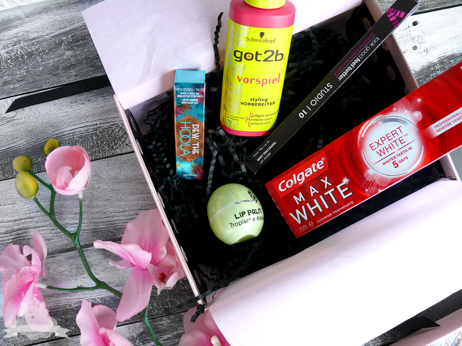 Glossybox Unboxing April  2016 Österreich