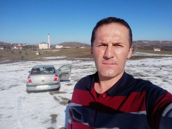Baba Cemalettin Yalpı'nın Tokat Turhal'da polis memuru olduğu,Oğlunun aile katliyamı
