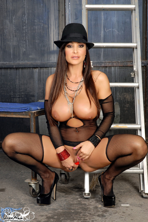 Lisa ann upskrit picture — pic 9